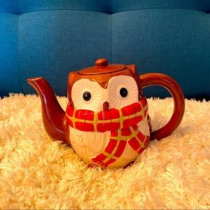 Pier 1 Imports Chilly Billy Teapot Owl scarf tea